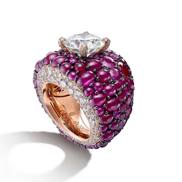 De-Grisogono-Cabochon-Ruby & Diamonds Ring