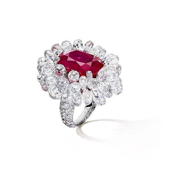 De-Grisogono-Ruby-ring-with-Diamond briolettes