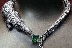 Alex Blal Alligator Diamond & Emerald Necklace Post