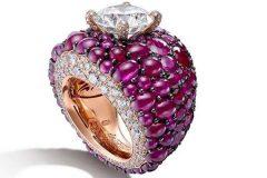 De-Grisogono-Cabochon-Ruby-Diamonds-Ring